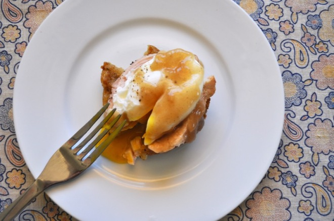 turkey and dressing eggs benedict